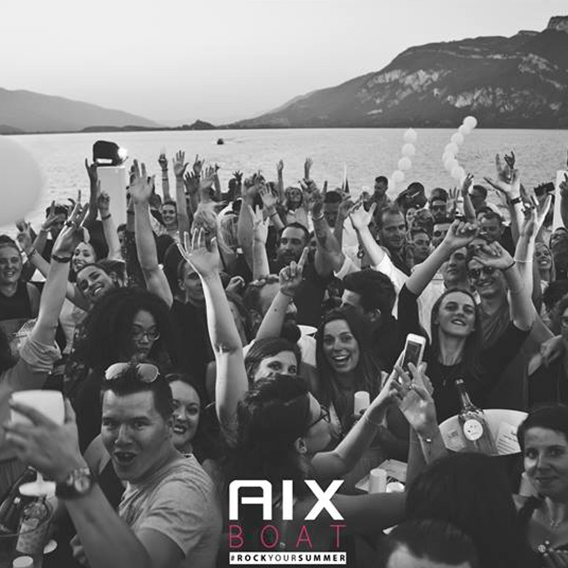 Soiree Privée sur Peniche Aix Les Bains avec Leon Monte Le Son DJ